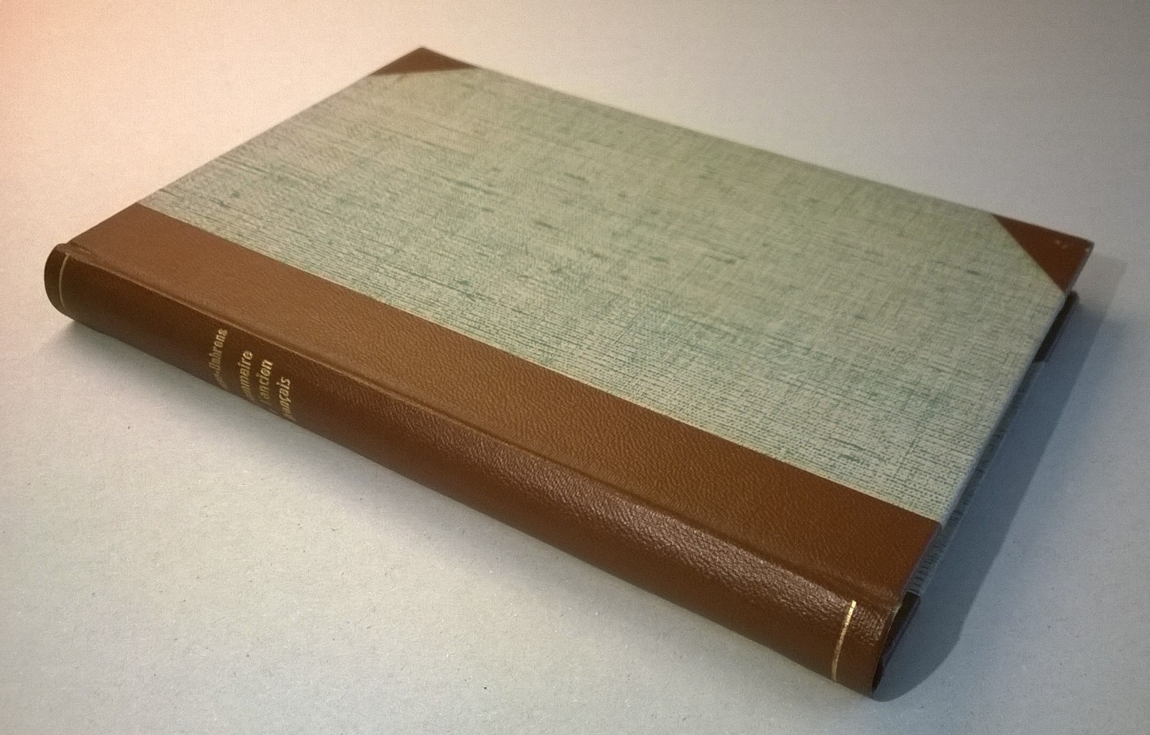 Schwan-Behrens Grammaire de l'ancien français: Traduction française d'après la quatrième édition allemande par Oscar Bloch